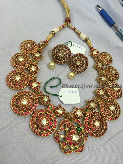 225 Grams Heavy kundan Necklace