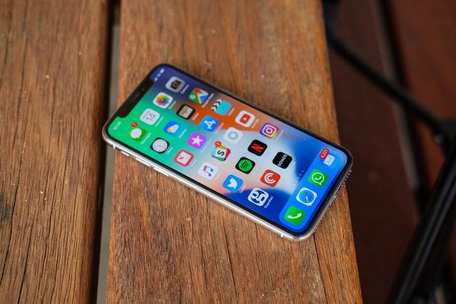 5 Alasan Mengapa iPhone X Lebih Baik Ketimbang iPhone 8