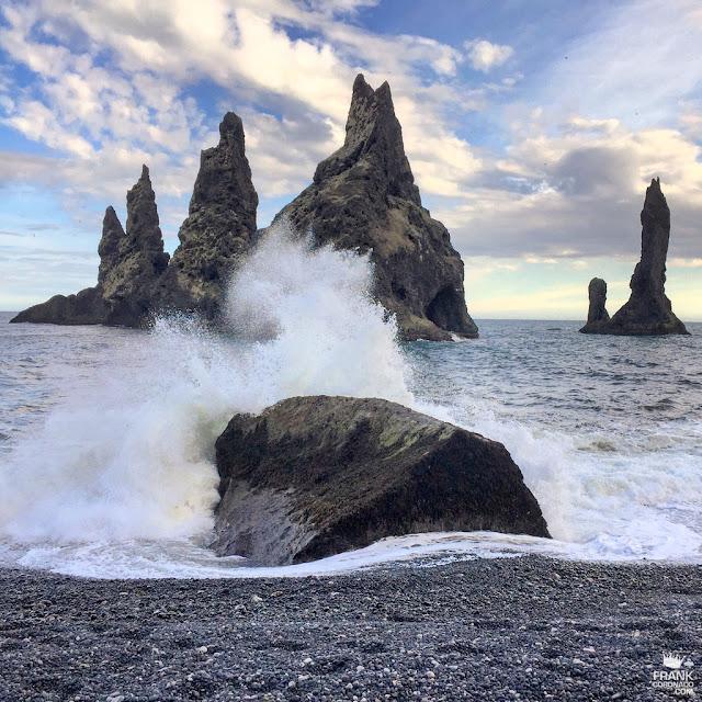 Playa Reynisdrangar en Islandia