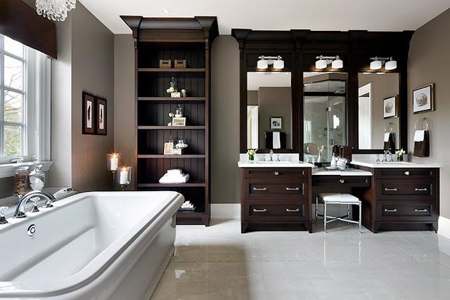 Большая ванная комната в английском стиле для загородного дома. 40 великолепных фото