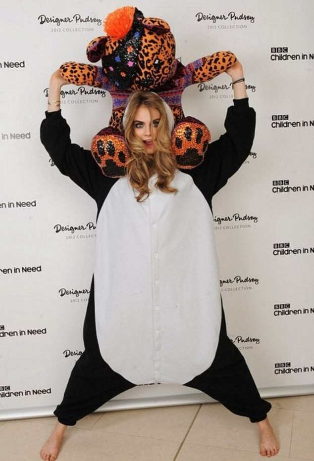 Cara Delevingnes 9 Cutest Onsie Looks The Front Row View