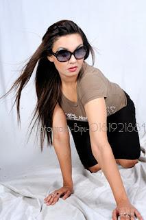 Sexy Girls Hot Bed Indoor PhotoShoot