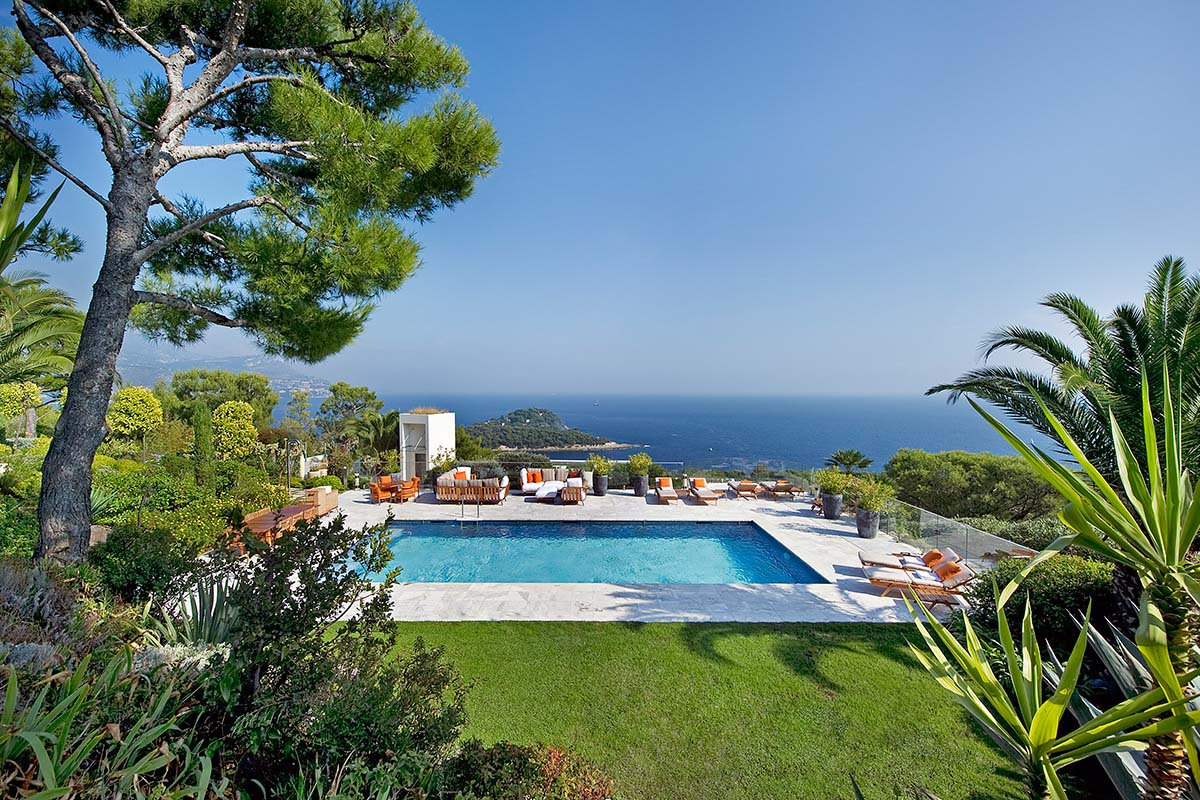 Passion for luxury glass house st jean cap ferrat for Riviera house