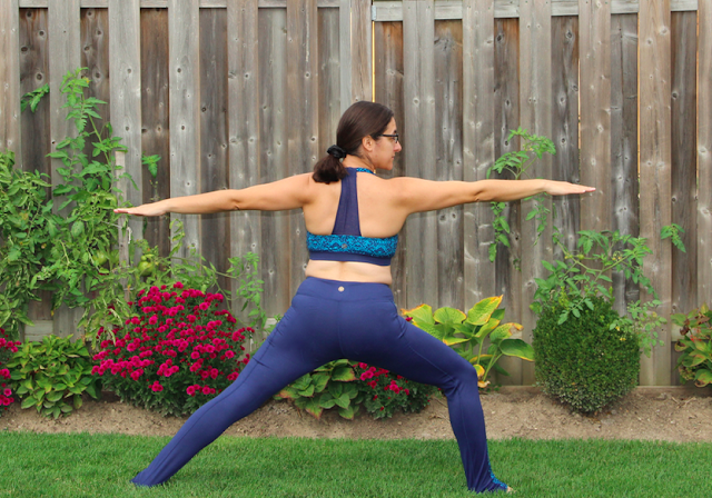 Gaiam Luxe Yoga Legging and Quinn Bra Top Parrot Blue Infinity