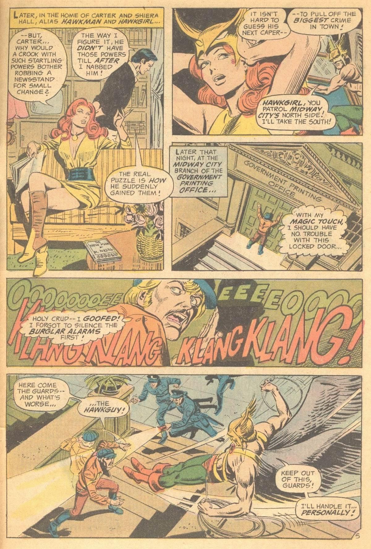 Detective Comics (1937) 454 Page 30