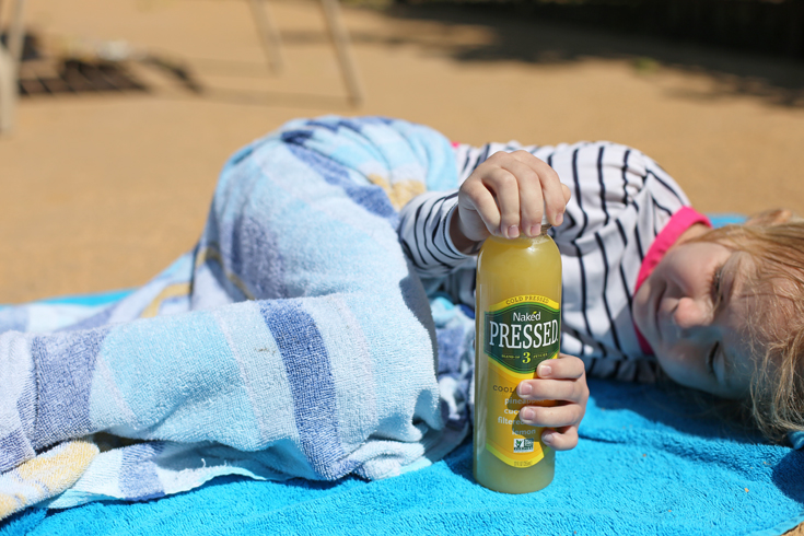 Tricks for making your pool trips with little kids easier