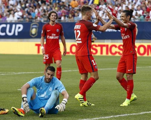 Real Madrid 1 - 3 PSG: Quá thiếu sức sống