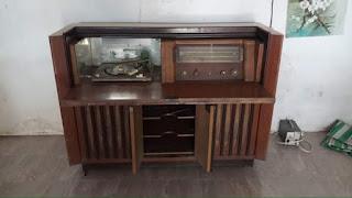 Jual Radio Antik Radio phillips kabinet