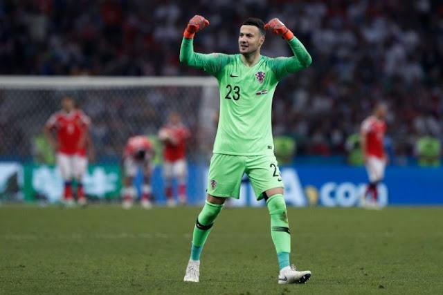 حارس كرواتيا يفضل مواجهة فرنسا في النهائي