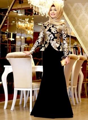 9611fdb404316 Geçmişte tesettür giyimi benimsemiş hanımların ciddi manada zorlandığına  şahit olurduk. Özellikle düğün, nişan ve davet gibi abiye giyilmesi şart  olan ...