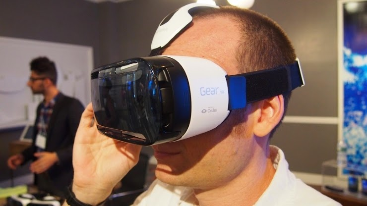 Announce the price and launch date of Samsung Gear VR