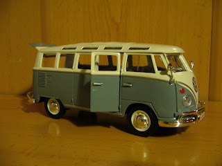 maisto 1:25 Volkswagen Transporter
