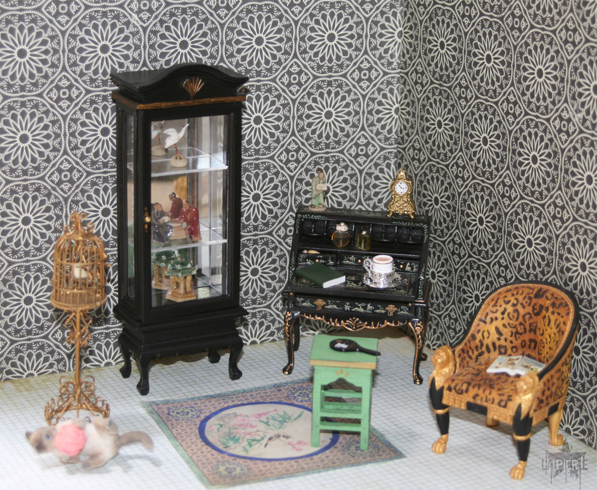 Cabinet De Curiosites