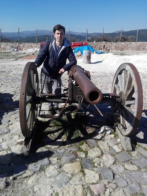 Harun İstenci Kastamonu Kale'si Top Arabaları önünde. - Mart 2019