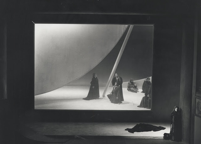 Act One of Tristan und Isolde at WNO in 1993 (Photo credit Clive Barda)