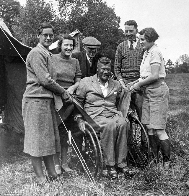 La primera família autocaravanista britànica