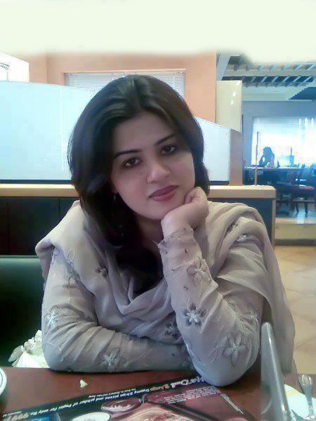Delhi College Girls For Dating