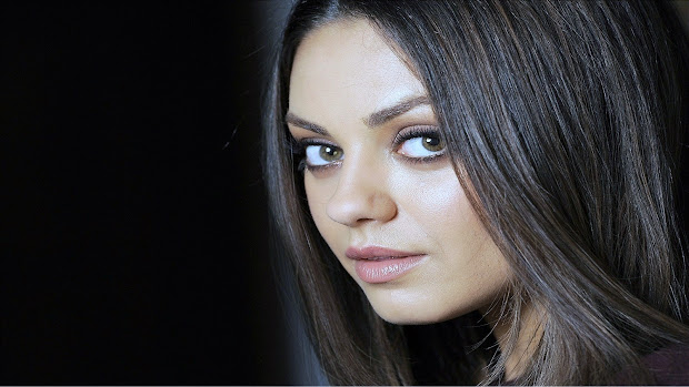 Movers Move Mila Kunis - American Actress