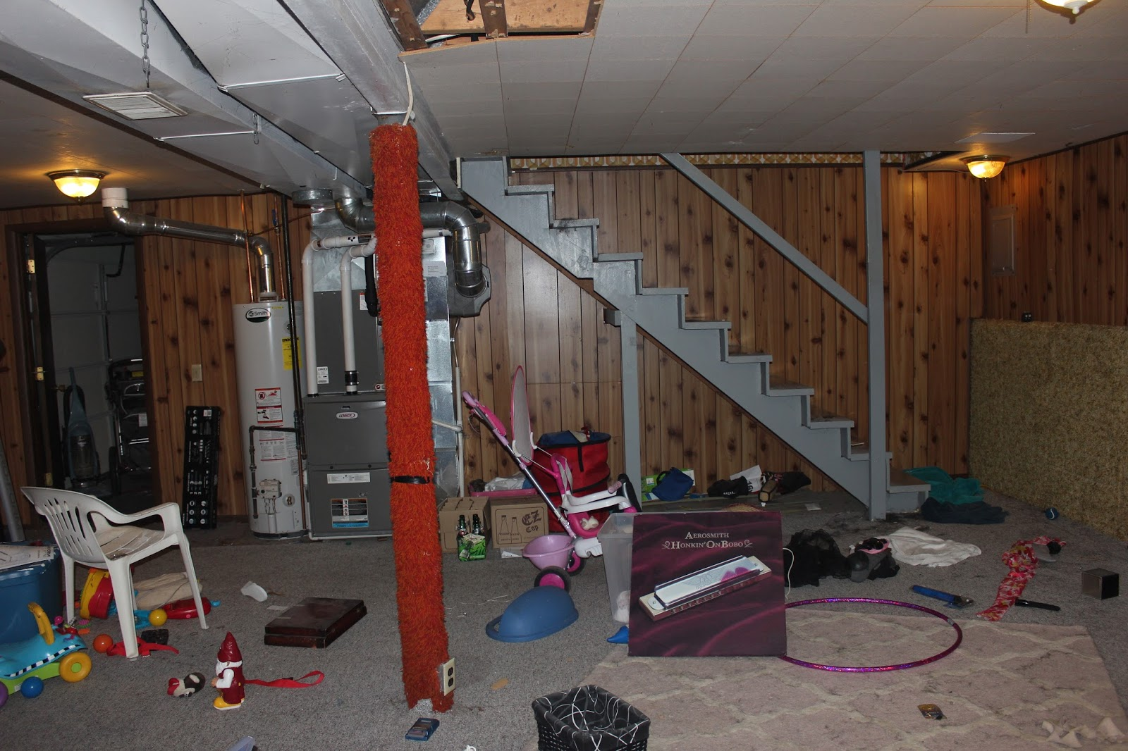 The Schorr Thing: Basement Renovation: From the 70's to Drywall #663C31