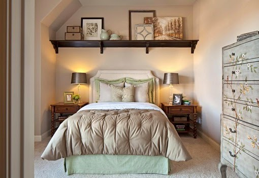 I Don T Love The Dresser On Right But Do Nightstands Side Tables