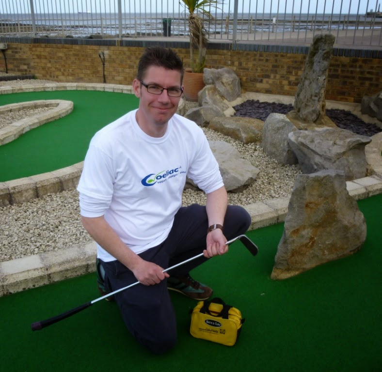 Richard Gottfried - blogger, minigolfer and coeliac. At Strokes Adventure Golf course in Margate during Coeliac Awareness Week 2014