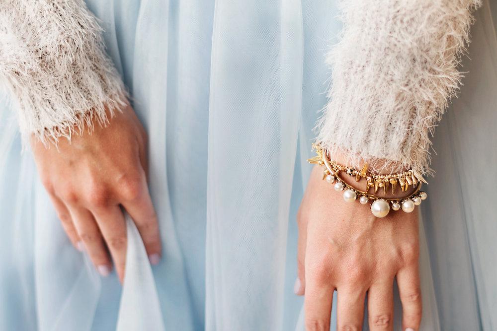 bijuleni- Cherry Pick Pearl Bracelets