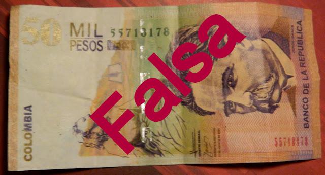 Golpe da nota falsa no Aeroporto de Bogotá