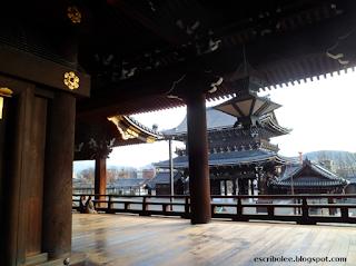 Viaje a Japón: templo de Higashi-Hongaji