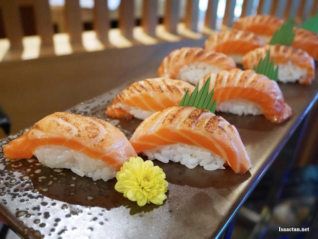 Grilled Shake Sushi