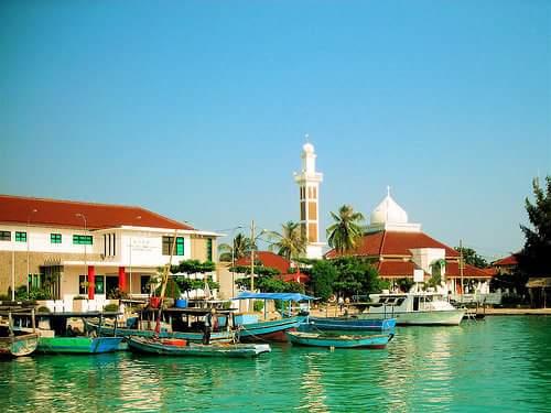Mengunjungi Pulau Pramuka