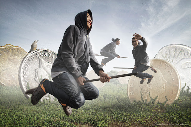 manipulasi foto - Muzammil Manaf terbang dengan penyapu