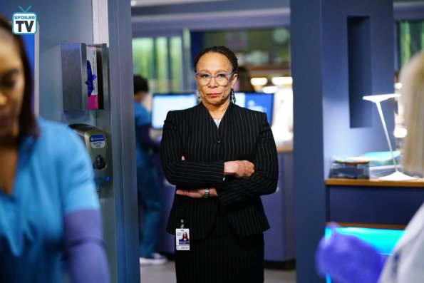 """NUP 185817 0201 595 Spoiler%2BTV%2BTransparent - Chicago Med (S04E14) """"Can't Unring That Bell"""" Episode Preview"""