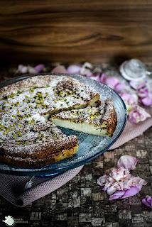 http://www.amor-und-kartoffelsack.de/2016/02/pistazien-pudding-kuchen.html