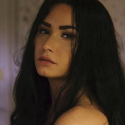 Lançamento | Demi Lovato faz desabafo em Sober, sua nova música