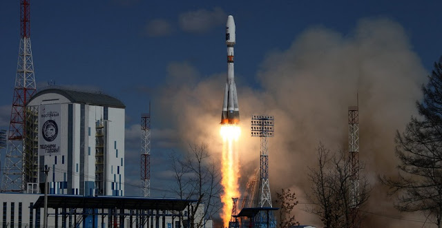 A Soyuz 2.1a rocket roars skyward on the first launch at the Vostochny Cosmodrome in Russia's Far East. Photo Credit: Roscosmos