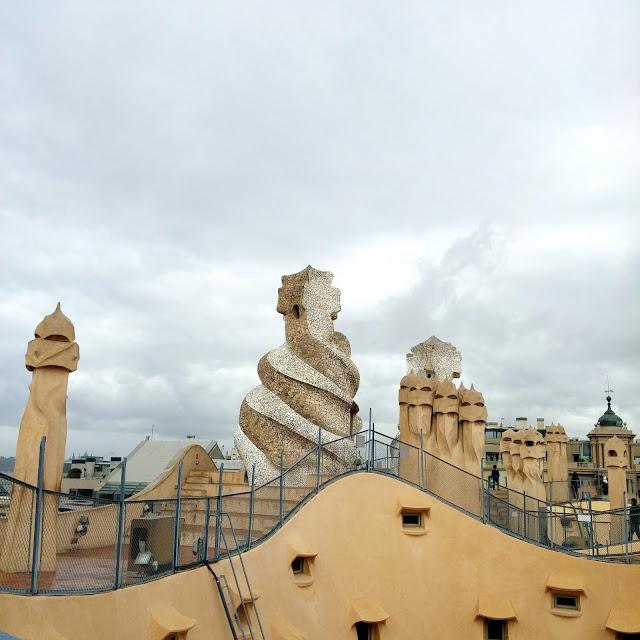 terrasse,casa-perdrera,barcelone,casa-mila,gaudi,quoi-faire-a-barcelone,blog,madame-gin