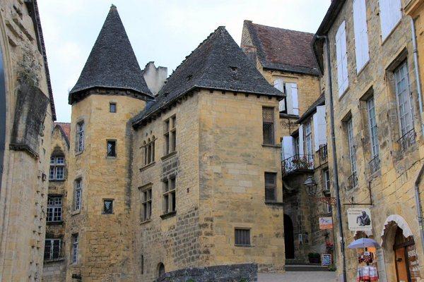 Manoir de Gisson (Sarlat la Cáneda, Francia)