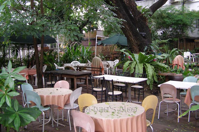 Friend visits bangkok we got wasted 6