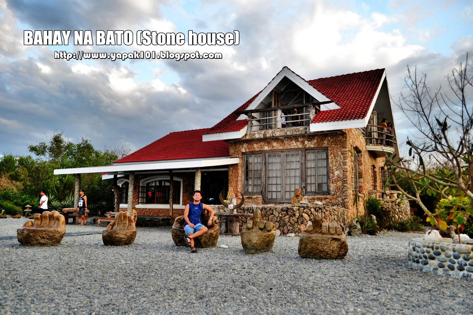 bahay na bato Further, i don't know if there are any examples of pre-spanish bahay na bato however you feel about the philippine colonial experience, the spanish buildings that remain,mostly churches, are an asset and inspiration.