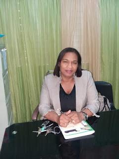 Angela Medina, directora del Liceo Carmen Alejandrina Marte De Nín, municipio de Cabral