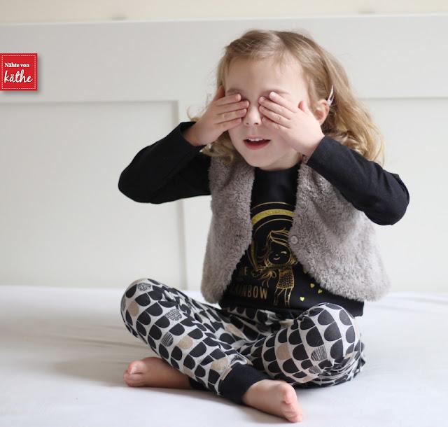"""Orbis Skinny Harem von Sofilantjes Patterns aus Lillestoff """"Me"""" von enemenemeins"""