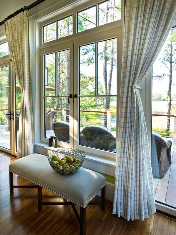 Modern Furniture: Living Room Pictures : HGTV Dream Home 2013