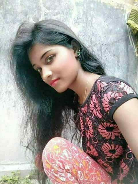real Indian girl pic, cute real Indian college girl pic
