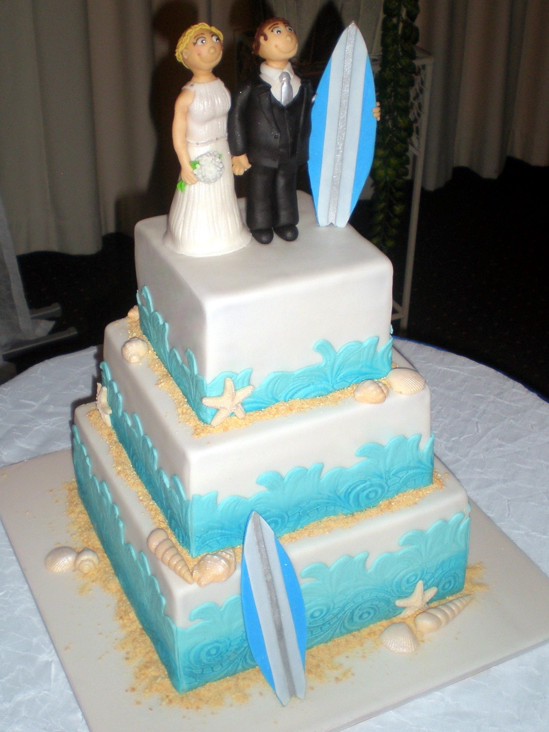beach themed wedding cake toppers australia sugar siren cakes mackay surfing wedding cake with 11155