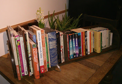 Simple book shelf / rack...