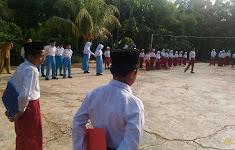 Upacara Bendera Di MI MTS Nurul Huda Dayo, Tandun, Rohul (Mei 2018)