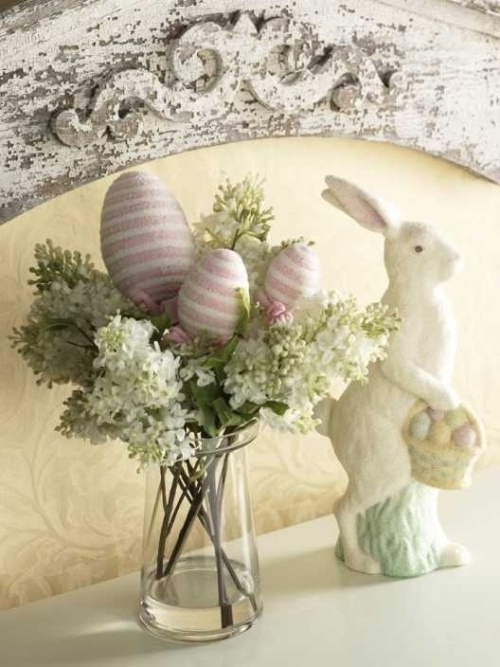 pastel and shabby chic Easter decoration with lilacs