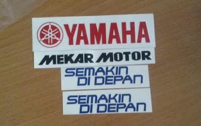 Cutting Sticker Nama