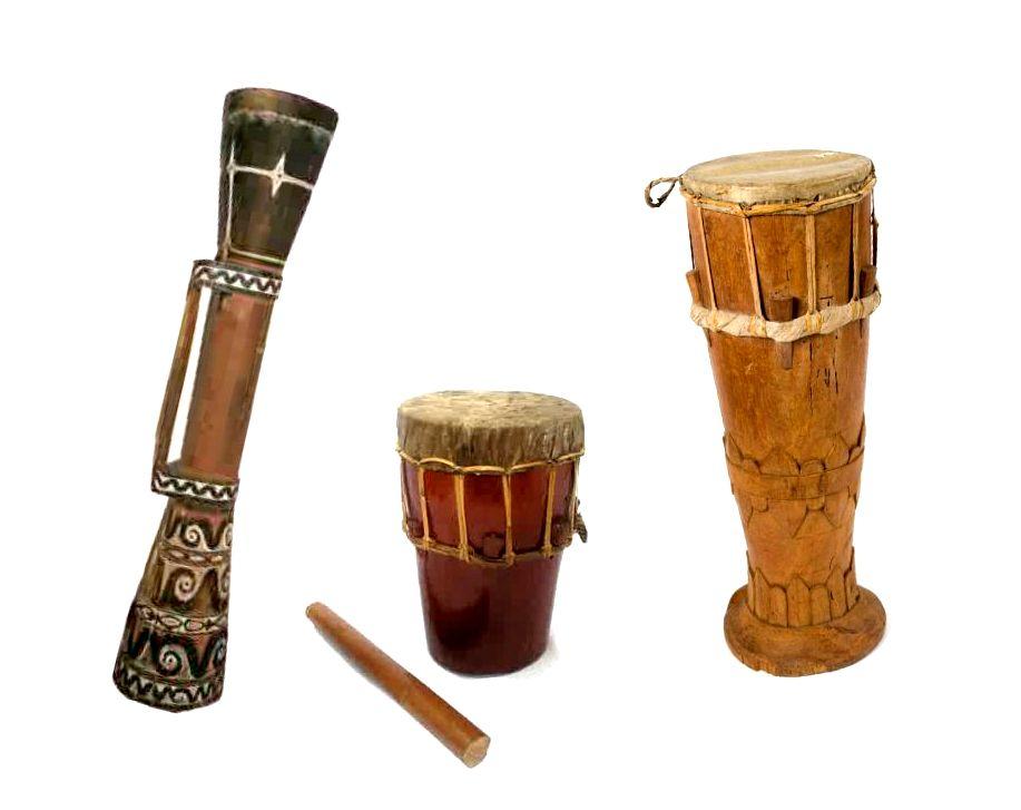 Tifa Alat Musik Tradisional Dari Maluku Dan Papua Negeriku Indonesia