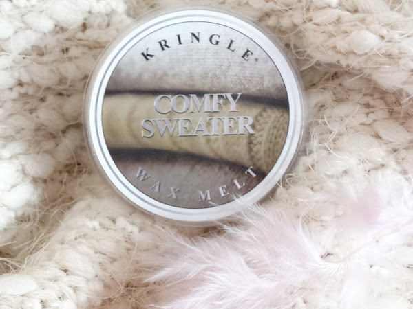 KRINGLE CANDLE | COMFY SWEATER